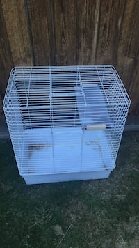 Used rabbit cage Edmonton, T5Z 3K7