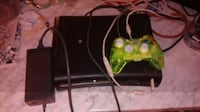 Xbox 360, 1 controller and power source  Longview