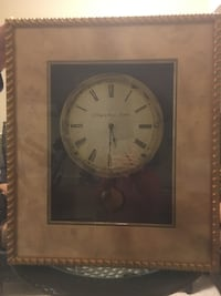 "24""x28"" 3 "" thick framed wall clock. Excellent condition except clock not working. Battery operated St Catharines, L2S 3J4"