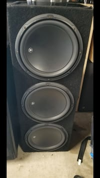 black and gray subwoofer speaker 2263 mi