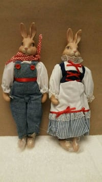 two brown rabbits action figures