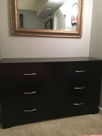 Queen bedroom set Falls Church, 22042