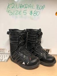 pair of black leather boots Spruce Grove, T7X 0B5