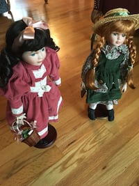 """16"""" porcelain dolls - Anne and Diana"""