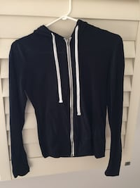 thin black zip up sweater Markham, L3T 7B4