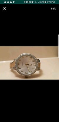 round silver analog watch with link bracelet Antioch, 94531