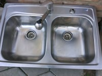 stainless steel dual sink with faucet Bakersfield, 93307