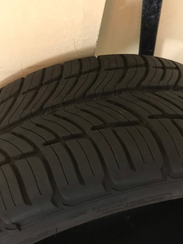 Brand new tires 67dbc5c6-b8cd-42db-9044-9e42894e442d