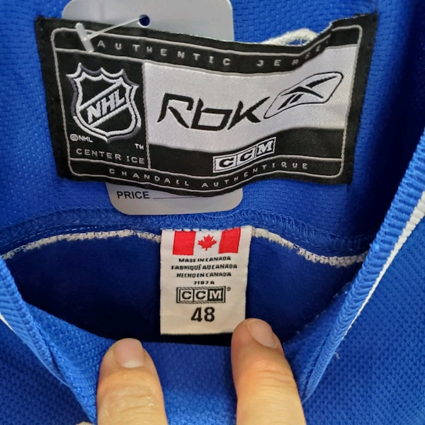 Vancouver 1 LUONGO size 48 in good condition 2157daf1-7772-4980-90c9-3cbcb43dc156