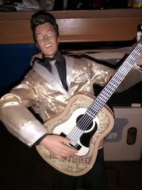 Elvis Presley collectible animated figure. Campbell, 95008