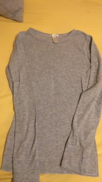 Abercrombie size medium  Bellflower, 90706
