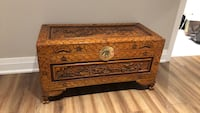 Wooden chest  Mississauga, L5J 4C1