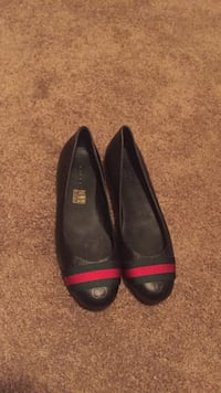 Women's pair of black leather Gucci flats Scottsdale, 85258