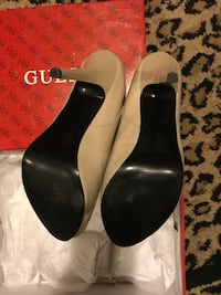guess heels  size8 Los Angeles, 90019
