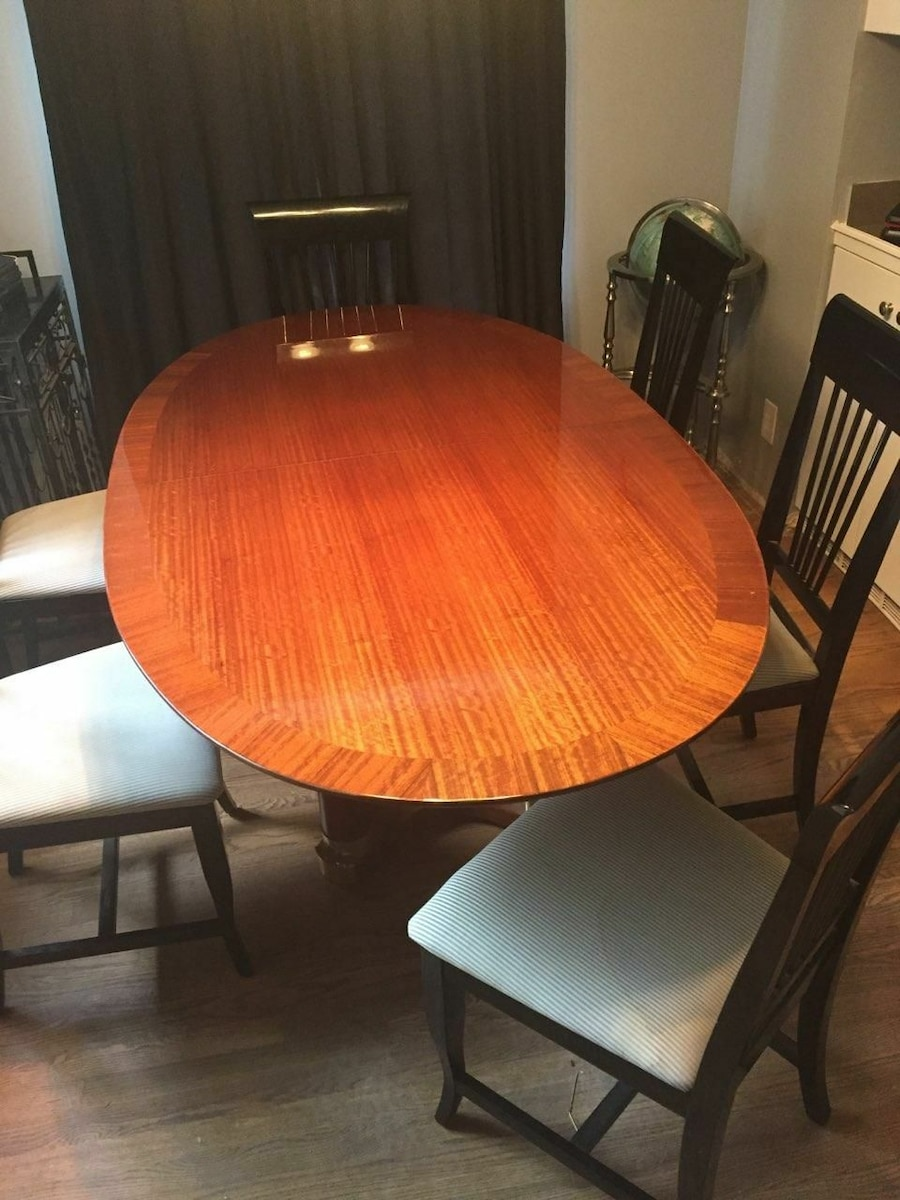 Exquisite Henredon Dining Table