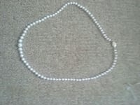 Real Pearl necklace  Indianapolis, 46214