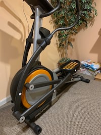 785 PRO FORM elliptical  exercise machine Bristow, 20136