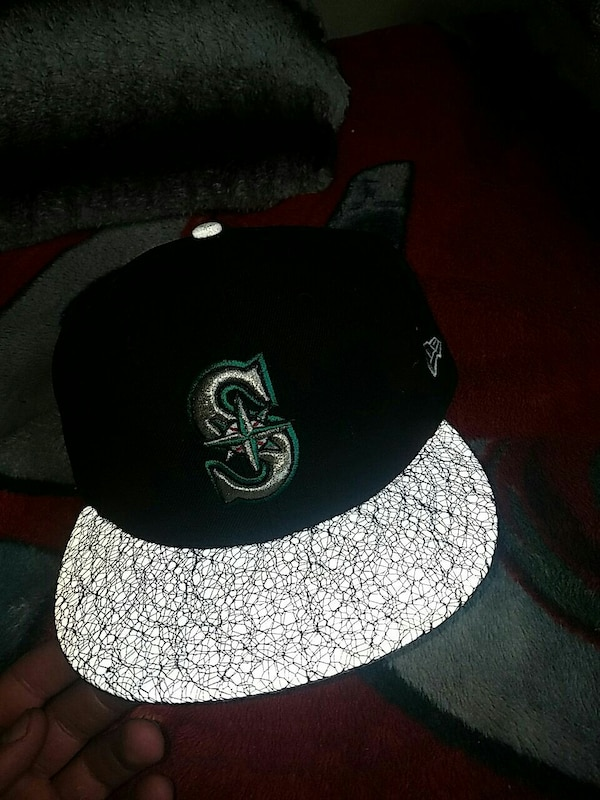 35a8856df17 Used seattle mariners hat reflective lid for sale in Shoreline - letgo