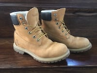 Classic woman's Timberland fleece boots  null