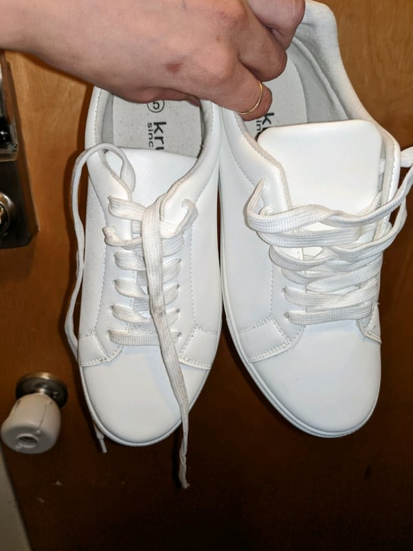 White sneakers 1