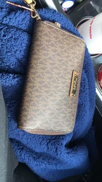MK Wallet brand new still has tags  Cleveland, 37312
