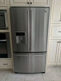 LG stainless steel french door refrigerator Markham, L3R 6N1
