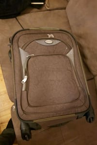 Travel king carry on suitcase
