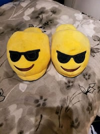 Adult slippers Edmonton, T6M 2P3