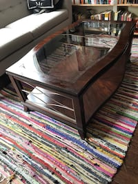 Hardwood and glass coffee table Montréal, H2S 3A6
