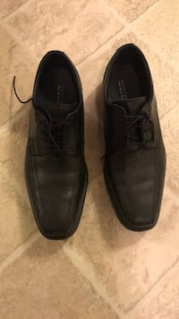 pair of black leather dress shoes Germantown, 20874