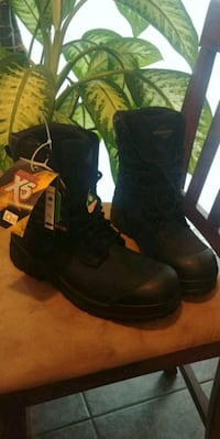 pair of black leather boots Windsor, N8X 1S7