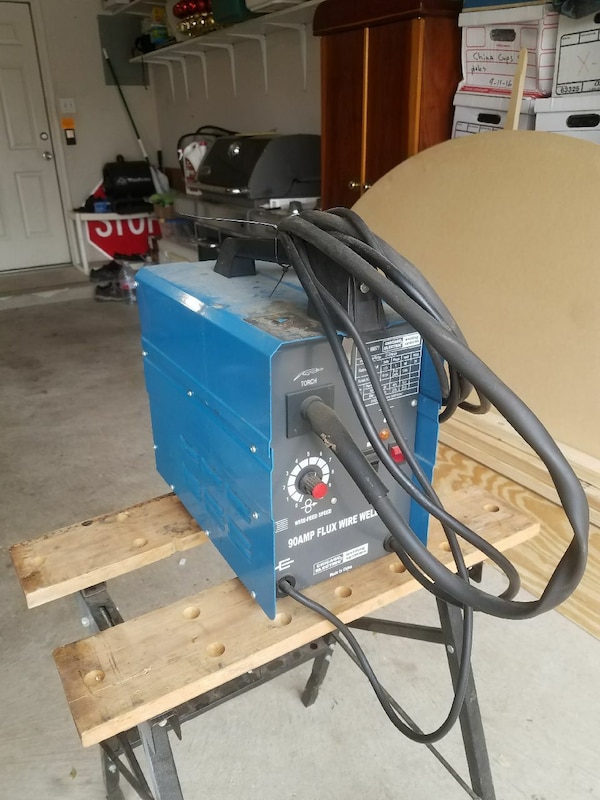 Used Chicago 90 amp flux wire welder #98871 for sale in Cedar Park ...