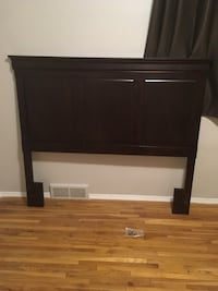 Queen sized head board and frame for cheap! In good condition Calgary, T2T 1G5