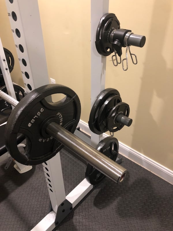 im home gym/bench press 84afe131-585e-4b2f-99c6-6f62badd8f1b