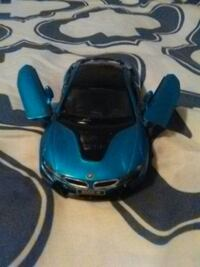 blue and black BMW i8 die-cast scale model Silver Spring, 20910