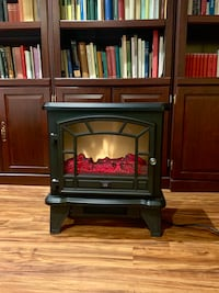 Electric heater/fireplace Herndon, 20171