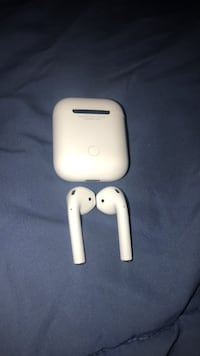 Apple air pods  Winchester, 22602