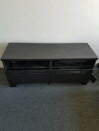 TV Stand/Table Toronto, M5T 1K5