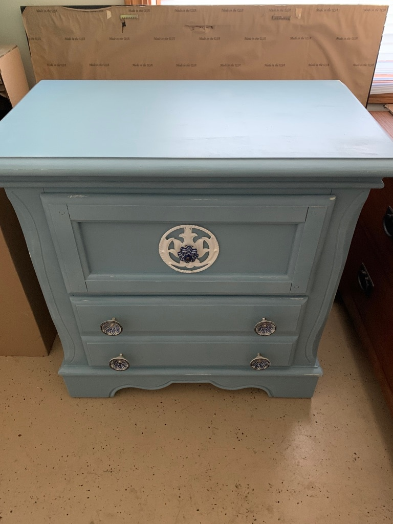 Photo Dresser/table/tv stand