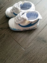 pair of white-and-blue diesel baby crib shoes St. Catharines, L2N 2G9