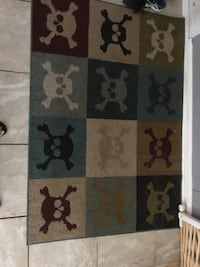 Abstract Skull and crossbones rug Pensacola, 32504