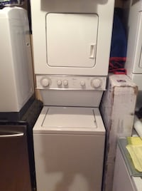 "24"" whirlpool stackable washer & dryer  Mississauga, L5K 1T4"