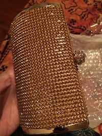 Brand new clutch golden bag small size Markham, L3S 3Y9