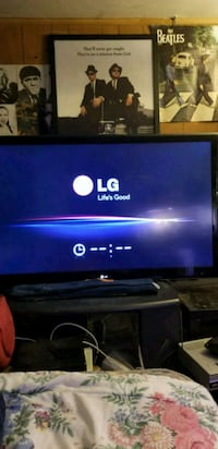 LG TV 55 inch as is frozen like this Posen, 60469