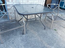 Patio table & NO chairs
