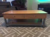 Beautiful wooden Coffee table excellent condition Las Vegas, 89129