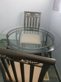 glass top table with  2 chairs  Brampton, L6S 3R7