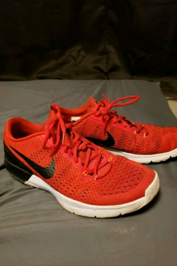 1851d4ae56c2 Used Nike Flywire Red Shoes for sale in Lindale - letgo