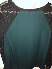 Ann Taylor LOFT blouse size medium