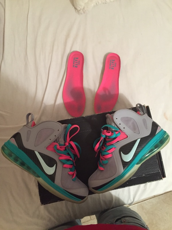 500454ecb2c639 South beach 9s comes w everything you see price is negotiable size 8 ...